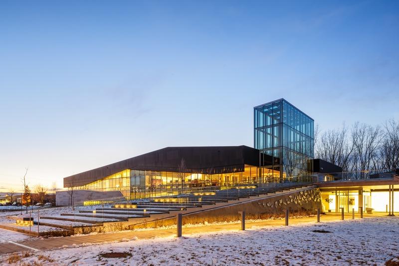 Press kit | 865-38 - Press release | Lemay Net Positive: Award-winning sustainability approach  challenges status quo - Lemay - Commercial Architecture - Bibliothèque du Boisé - Photo credit: Doublespace Photography