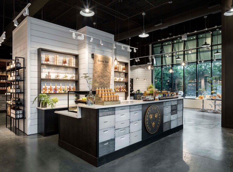 Press kit | 2757-11 - Press release | Bergmeyer Establishes West Coast Base in Los Angeles - Bergmeyer - Commercial Architecture -  <p>  Savannah Bee Company </p><p>(National Retail Program Prototype Design)  </p>  - Photo credit:  <p>Magda Biernat Photography<br></p>
