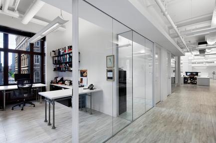 Press kit | 752-02 - Press release | Bureau 100 - NFOE et associés architectes - Commercial Interior Design - Photo credit: Stéphane Brügger