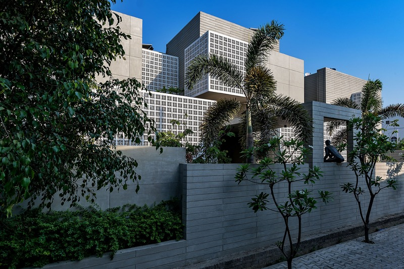 Press kit | 1432-04 - Press release | 18 Screens - Sanjay Puri Architects - Residential Architecture - Photo credit: Mr. Dinesh Mehta
