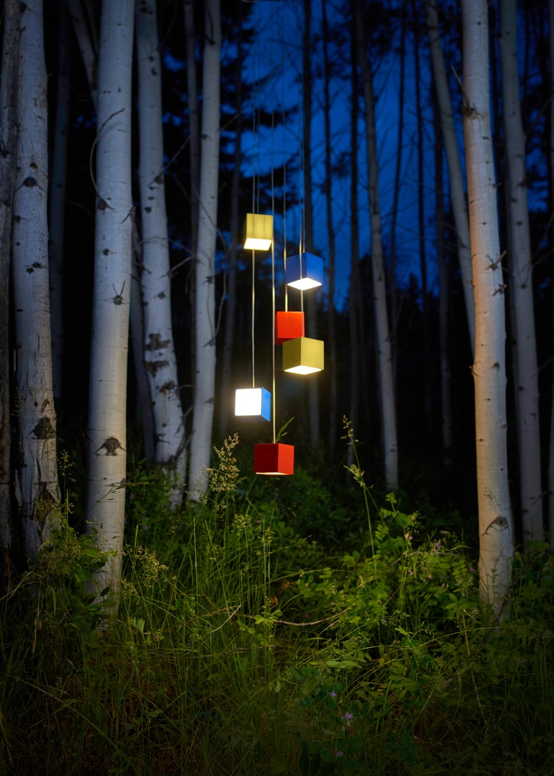 Press kit | 3412-03 - Press release | Cube Light - Karice - Lighting Design - Cube in Birch Grove - Photo credit: Jordan N. Dery