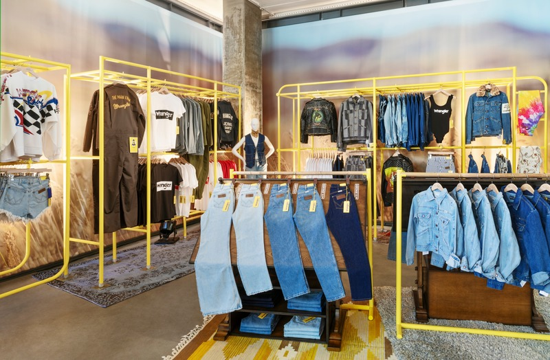 Press kit | 2757-11 - Press release | Bergmeyer Establishes West Coast Base in Los Angeles - Bergmeyer - Commercial Architecture -  <p>Wrangler x Fred Segal Pop Up Shop</p><p>(Los Angeles, CA)</p>  - Photo credit:   Lawrence Anderson Photography, Inc.