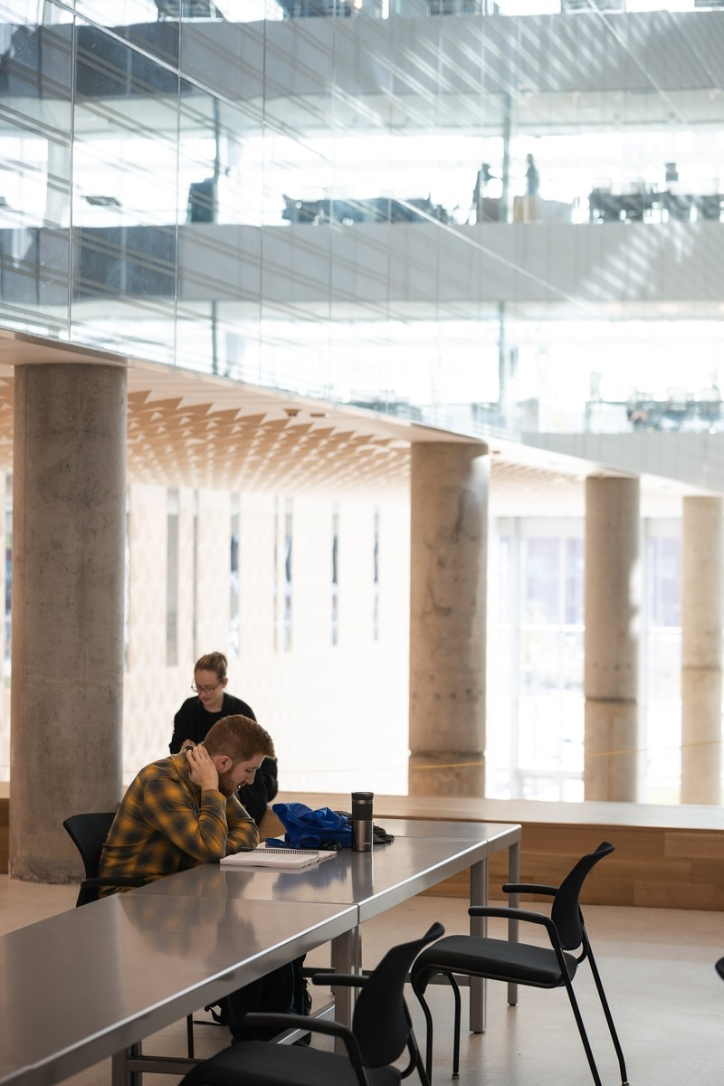 Dossier de presse | 916-14 - Communiqué de presse | Complexe des sciences du Campus MIL de l'Université de Montréal, un projet de société - Menkès Shooner Dagenais LeTourneux I Lemay I NFOE Architectes - Architecture institutionnelle - Crédit photo : Benjamin Seropian