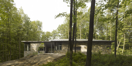 Press kit | 780-02 - Press release | La maison de Bromont - Paul Bernier Architecte - Architecture résidentielle - Photo credit: James Brittain