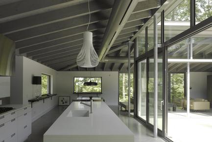 Press kit | 780-02 - Press release | Bromont House - Paul Bernier Architecte - Residential Architecture - Photo credit: James Brittain