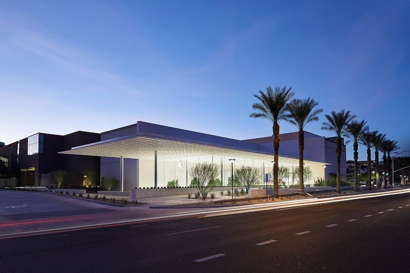 Press kit | 1124-26 - Press release | WINWAN Live 2019: World Architecture News Winners - Haymarket Media Group - World Architecture News - Event + Exhibition - Apple Scottsdale Fashion Square, Ennead Architects - Photo credit: Hufton and Crow, Ennead Architects