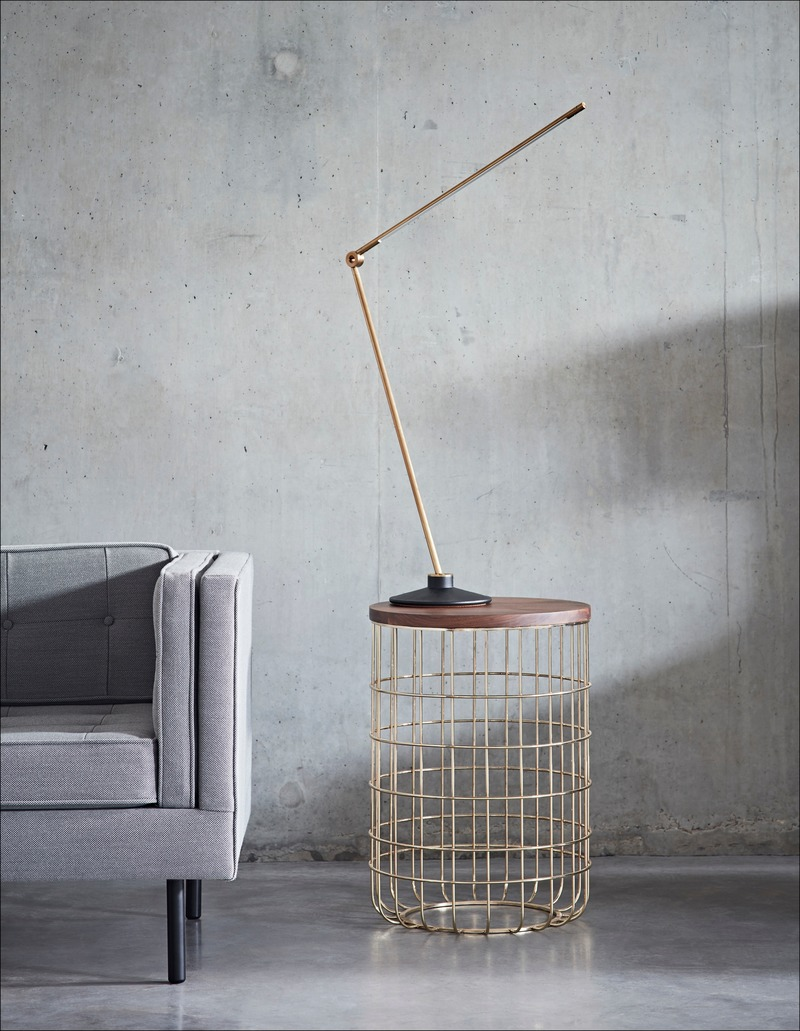Dossier de presse | 2253-09 - Communiqué de presse | Celebrating Ten Years of Dare Studio with an Edit of Classic Designs and New Products - Dare Studio - Produit - Dare Studio_Wire Tall Side Coffee Table_www.darestudio.com - Crédit photo : Dare Studio