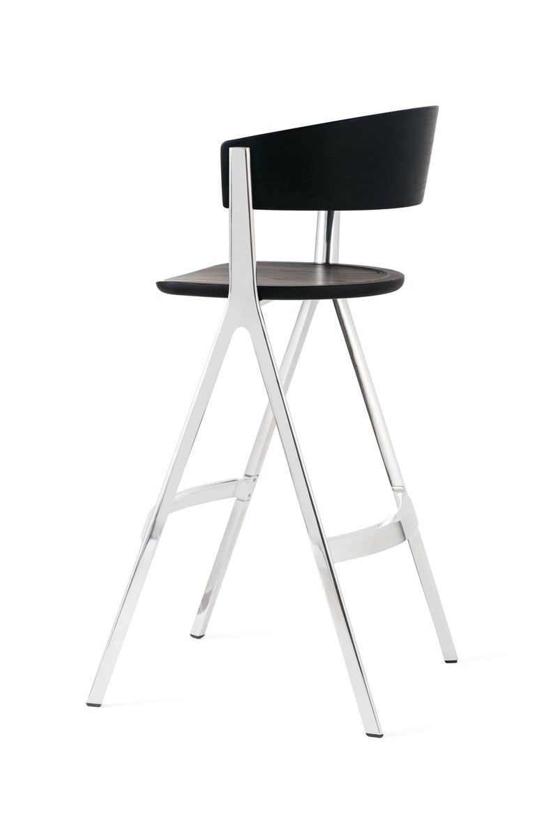 Press kit | 4129-01 - Press release | EDITS -         A New Era of Affordable High-Design - EDITS - Product - Circus Barstool - a graphic and elegant form.  - Photo credit: EDITS 2019