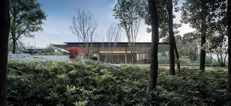 Press kit | 4181-01 - Press release | Greentown Yiwu Peach Blossom Land Living Experience Centre - Hangzhou 9M Architectural Design Co., Ltd. - Event + Exhibition - Merge into the Nature - Photo credit: Li Yao