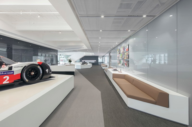Press kit | 3593-05 - Press release | Porsche China Headquarter - anySCALE Architecture Design - Commercial Interior Design - Photo credit: Xia Zhi