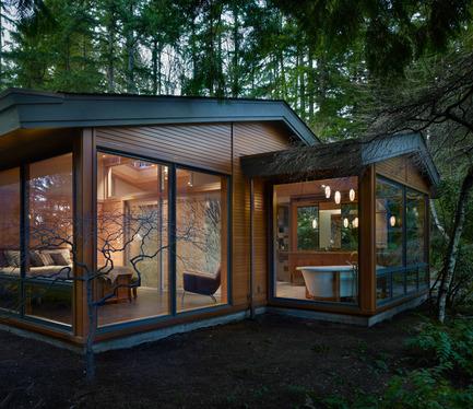 Press kit | 1015-01 - Press release | Lake Forest Park Renovation - Finne Architects - Residential Interior Design - Photo credit: Benjamin Benschneider Photography