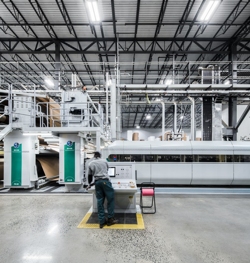 Dossier de presse | 1215-06 - Communiqué de presse | Cascades Emballage carton-caisse - ISSADESIGN - Design d'intérieur commercial - Crédit photo : David Boyer
