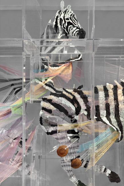 Dossier de presse | 701-07 - Communiqué de presse | Zoo - Musée d'art contemporain de Montréal (MAC) - Évènement + Exposition - Le spectre et la Main, 2012ALTMEJD, DavidPlexiglas, noix de coco, argile époxy, résine époxy, fil, résine, fil métallique, crin de cheval, acrylique315,6 x 683,3 x 248,9 cmCollection particulière, Montréal