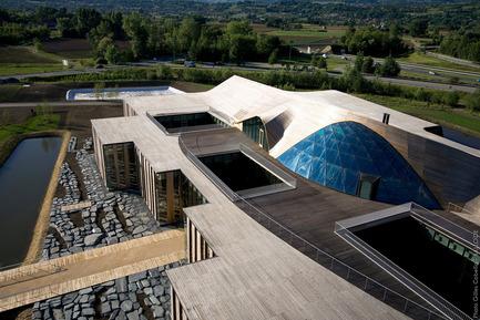 Dossier de presse | 972-01 - Communiqué de presse | Siège mondial de Rossignol - Hérault Arnod architectures - Architecture commerciale - Crédit photo : Gilles Cabella