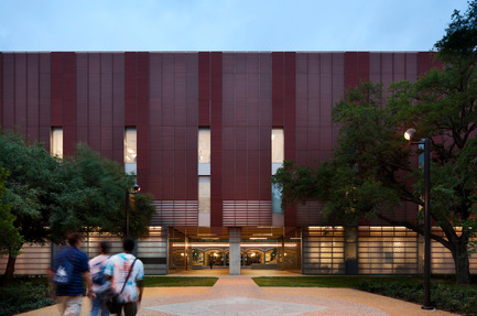 Press kit | 929-01 - Press release | Brockman Hall for Physics, Rice University - KieranTimberlake - Institutional Architecture - FOR EDITORIAL REVIEW ONLY - CONTACT PHOTOGRAPHER TO NEGOTIATE USE FOR PUBLICATION: Joel Sanders, t +1 212 777 0078, joel@ottoarchive.com  - Photo credit: Peter Aaron/OTTO