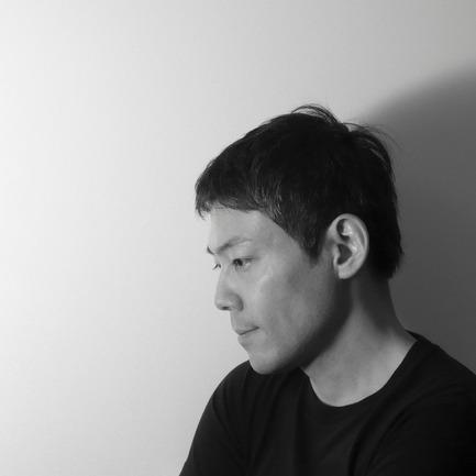 Dossier de presse | 922-01 - Communiqué de presse | moment - Shinobu Koizumi - Produit