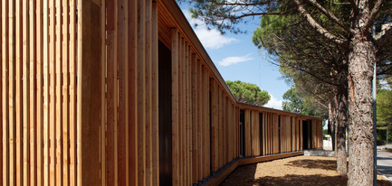 Dossier de presse | 921-01 - Communiqué de presse | Centre technique municipal - La Grande Motte - NBJ architectes - Architecture institutionnelle - Crédit photo : Paul Kozlowski