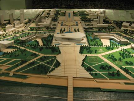 Dossier de presse | 896-01 - Communiqué de presse | Le Grand Thêatre du Shanxi, à Taiyuan (Chine) - Arte Charpentier Architectes - Architecture institutionnelle - Crédit photo : Maquette au musée d'urbanisme de Taiyuan