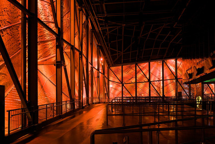 Dossier de presse | 621-15 - Communiqué de presse | Lightemotion célèbre dix ans de belles réalisations - Lightemotion - Design d'éclairage - Pavillion du Canada: Expo Universelle Shanghai 2010 / Canadian Pavillion: Shanghai World Fair 2010Dossier de presse / Press kit  - Crédit photo : Patrick Alleyn
