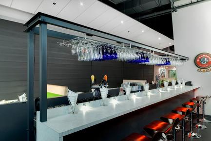 Dossier de presse | 888-01 - Communiqué de presse | Restaurant Ô 6ième sens - Amiot Bergeron architectes - Design d'intérieur commercial - Crédit photo : Pierre Soulard