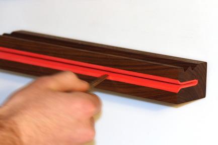 Press kit | 884-01 - Press release | Projet HEC édition 2011 - École de design industriel de l'Université de Montréal - Event + Exhibition - Support pour clés  - Photo credit: Pascale Desormeaux