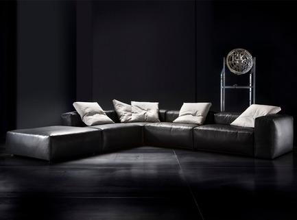 Press kit | 855-01 - Press release | Meubles Re-No celebrates its 50th anniversary with Erba furniture - Meubles Re-No - Residential Interior Design - Photo credit: Erba Italia