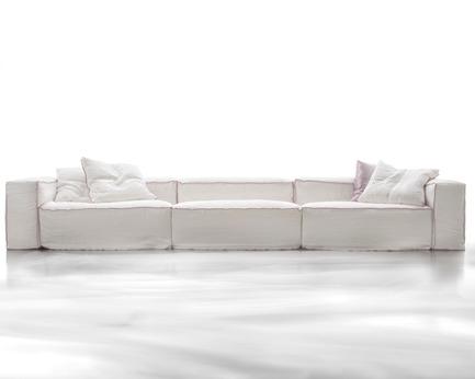 Dossier de presse | 855-01 - Communiqué de presse | Meubles Re-No fête ses cinquante ans en accueillant les meubles Erba - Meubles Re-No - Design d'intérieur résidentiel - Crédit photo : Erba Italia