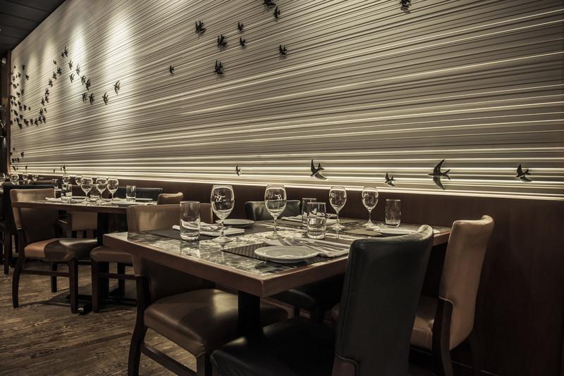 Dossier de presse - Communiqué de presse - Le Ferreira Café ouvre ses portes sur un tout nouveau décor! - Ferreira Café