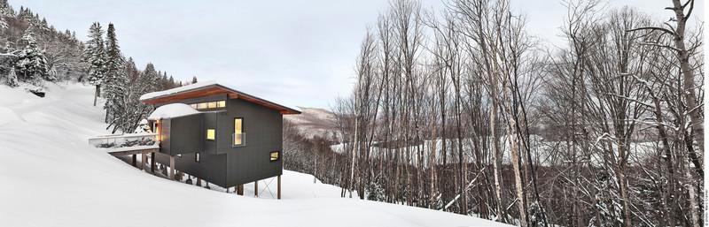 Press kit - Press release - Laurentian Ski Chalet - RobitailleCurtis