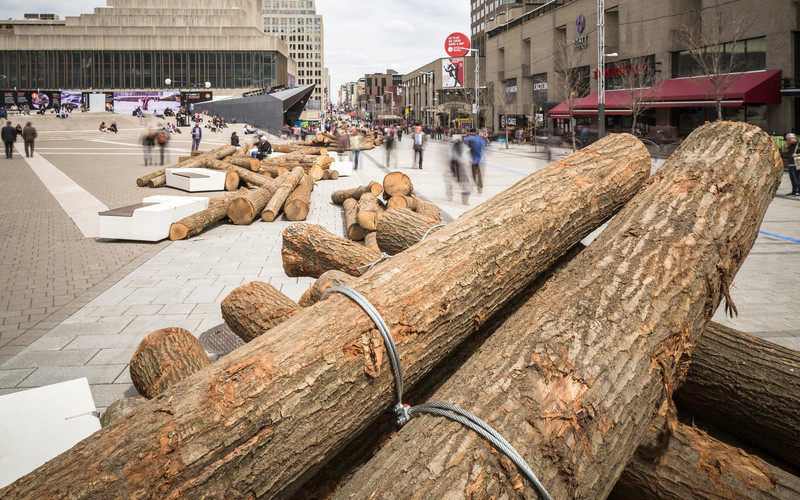 Newsroom | v2com-newswire | Newswire | Architecture | Design | Lifestyle - Press release - 560 KM: A thousand logs on Sainte-Catherine Street - Quartier des spectacles Partnership