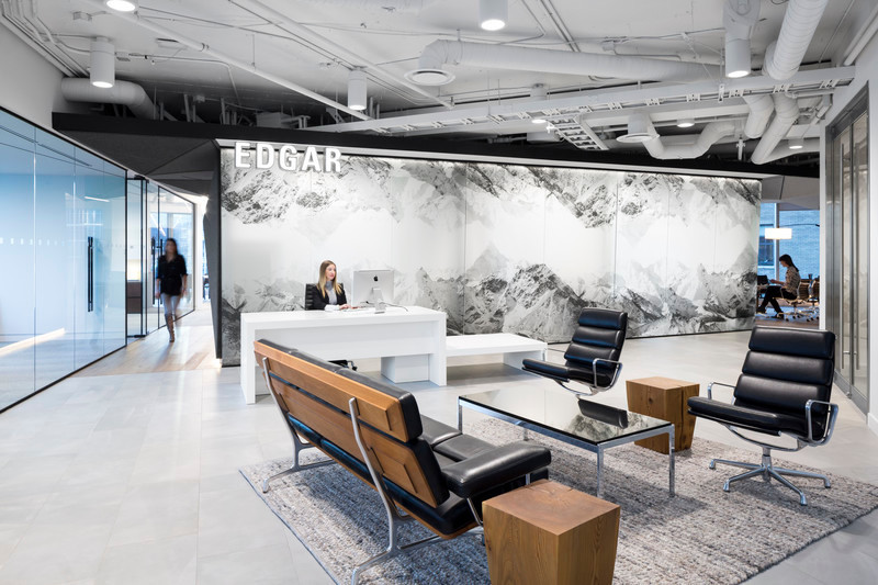 Salle de presse - Communiqué de presse - Inspiré par les montagnes et le design moderne, DIALOG conçoit les nouveaux bureaux de Edgar et amène l'extérieur à l'intérieur - DIALOG