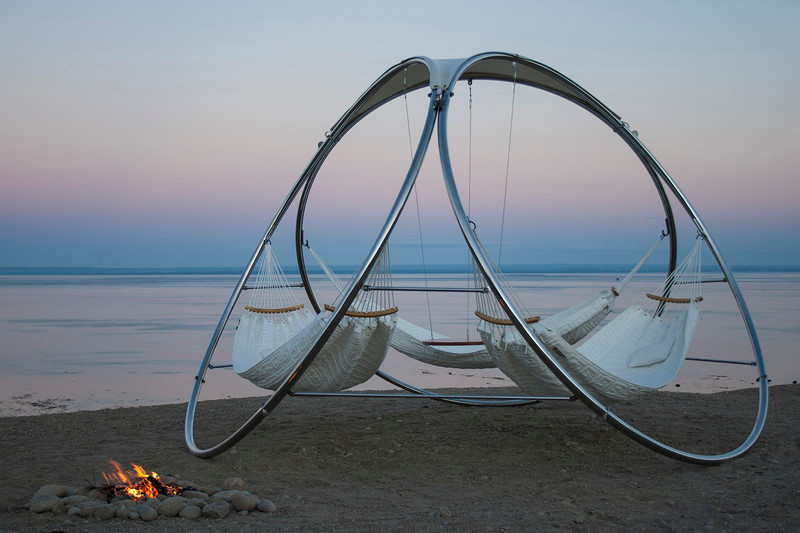 Press kit - Press release - Trinity invents the concept of friendly hammocks - Trinity hammocks