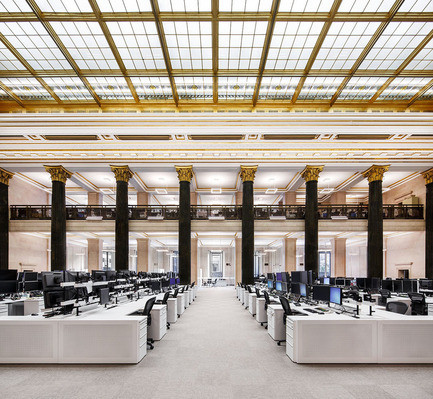 Newsroom - Press release - The National Bank Unveils its New Montreal Trading Floor - Architecture49