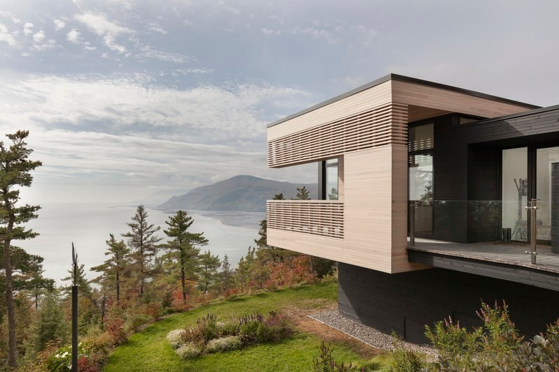 Press kit - Press release - Residence Le Nid: Overlooking the St. Lawrence River - Anne Carrier architecture