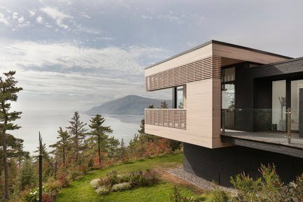 Dossier de presse - Communiqué de presse - Residence Le Nid: Overlooking the St. Lawrence River - Anne Carrier architecture