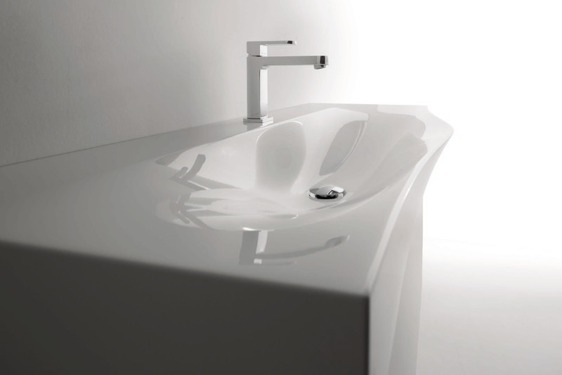 "Press kit - Press release - New Washbasins Collection ""Today"" Designed by Meneghello e Paolelli - Arbi Arredobagno"