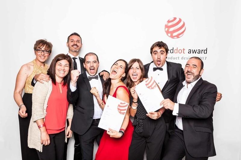 Salle de presse - Communiqué de presse - Designers et manufacturiers sont maintenant invités à soumettre leurs produits auRed Dot Award : Product Design 2018 - Red Dot Award