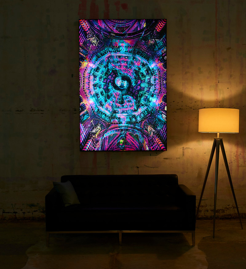 Press kit - Press release - Big Naked Wall Creates New Art Category with Backlit Frames - Big Naked Wall