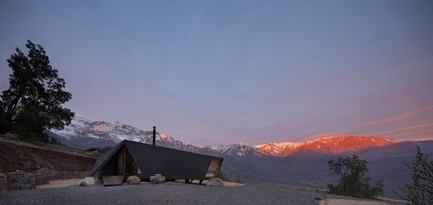 Press kit - Press release - Mountaineer's Refuge - Gonzalo Iturriaga Arquitectos