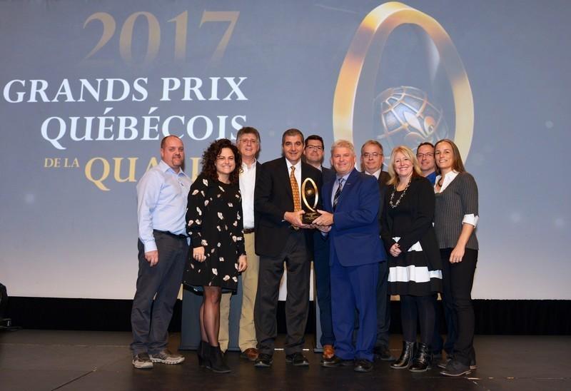 """Press kit - Press release - Boa-Franc Receives Highest Honour at the """"Grand Prix québécois de la qualité"""" Awards for the Second Straight Time - Boa-Franc"""