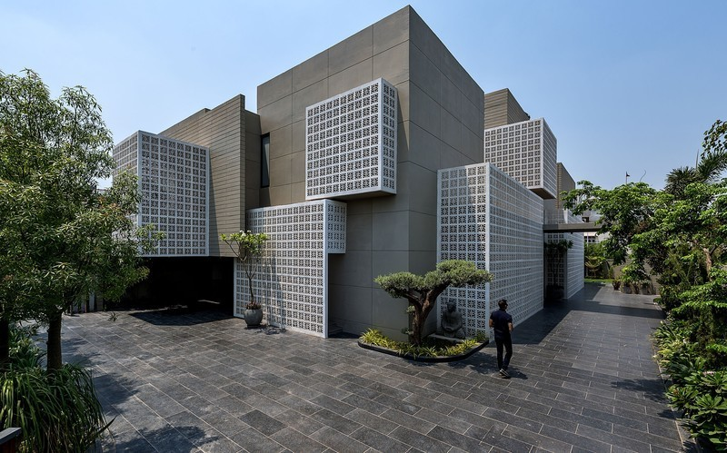 Newsroom | v2com-newswire | Newswire | Architecture | Design | Lifestyle - Press release - 18 Screens - Sanjay Puri Architects