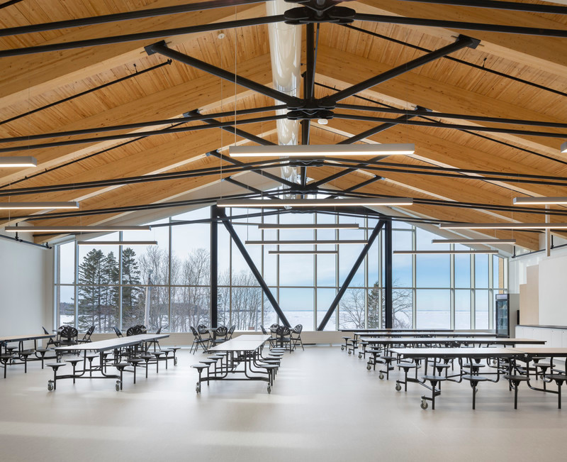 Newsroom | v2com-newswire | Newswire | Architecture | Design | Lifestyle - Press release - Metis Beach Intermediate School - PROULXSAVARD + CCM2 architects