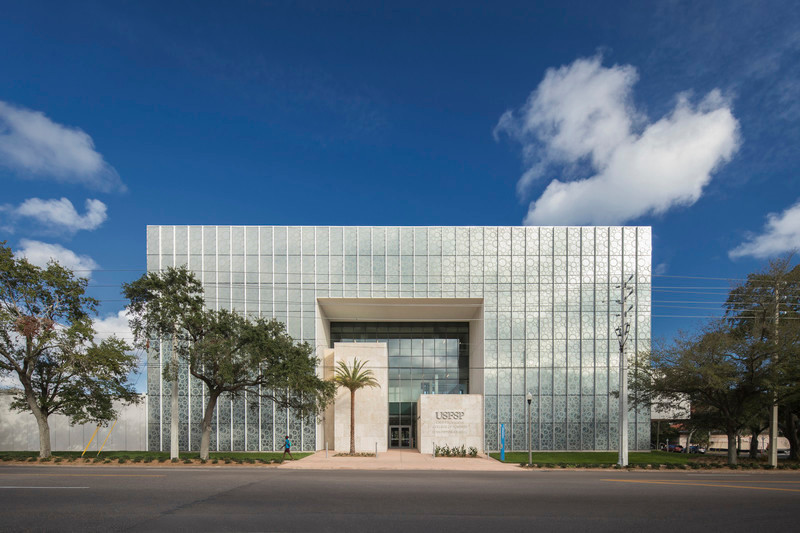 Newsroom | v2com-newswire | Newswire | Architecture | Design | Lifestyle - Press release - Innovative and Award-Winning Facade of USF-SP's Tiedemann College of Business Recalls Native Coral in Ecofriendly Envelope - ikon.5 architects