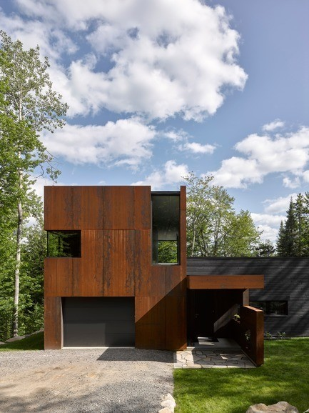 Press kit - Press release - Maison du Lac Charlebois - Paul Bernier Architecte