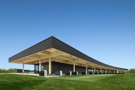 Salle de presse - Communiqué de presse - Un pavillon de golf haut de gamme signé Architecture49 - Architecture49