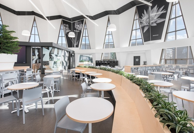 Newsroom | v2com-newswire | Newswire | Architecture | Design | Lifestyle - Press release - The cafeteria — Le Marie-Victorin, an amazing transformation - Cégep Marie-Victorin