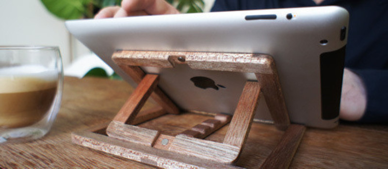 Press kit - Press release - Ipad Stand - OOOMS