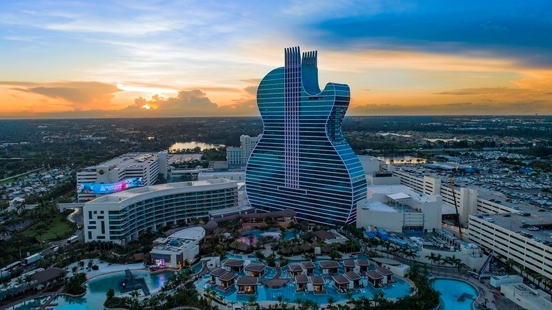 Newsroom | v2com-newswire | Newswire | Architecture | Design | Lifestyle - Press release - Grand Opening of The First Guitar-Shaped Hotel in the World - Float4