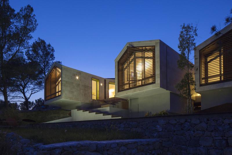 Press kit - Press release - Réalisation d'une maison individuelle - Elodie Nourrigat et Jacques Brion architectes
