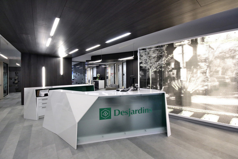 Press kit - Press release - Mile-End Service Centre of the Caisse Desjardins des Versants du mont Royal - Cardin Julien